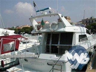Ferretti Yachts 44