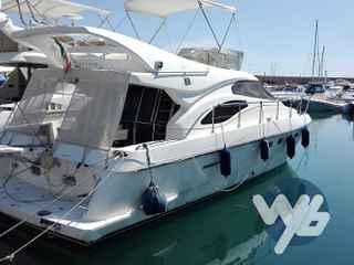 Ferretti Yachts Fly 430