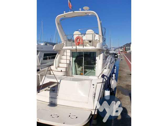 Sea Ray Boats 480 sedan bridge