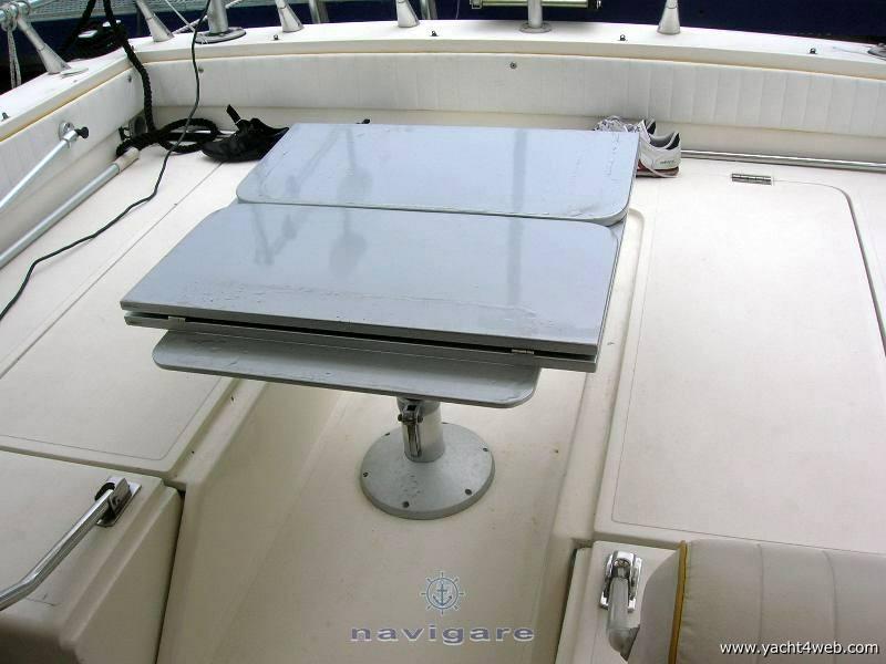 FIART Thunder 28 Yacht à moteur
