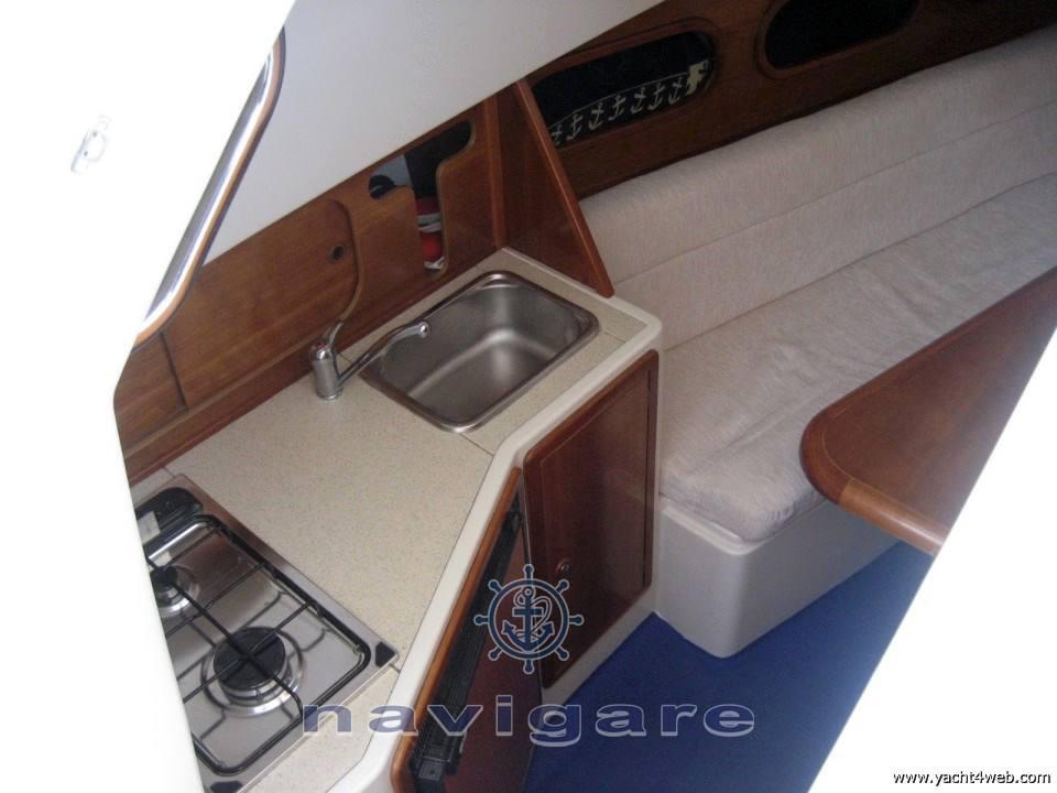Zeta Group F300 bluetime Моторная яхта используется