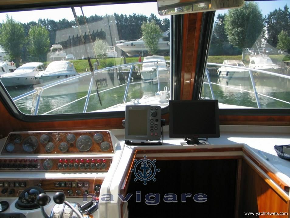 Ala Blu New proteo 30 fly Motor yacht used