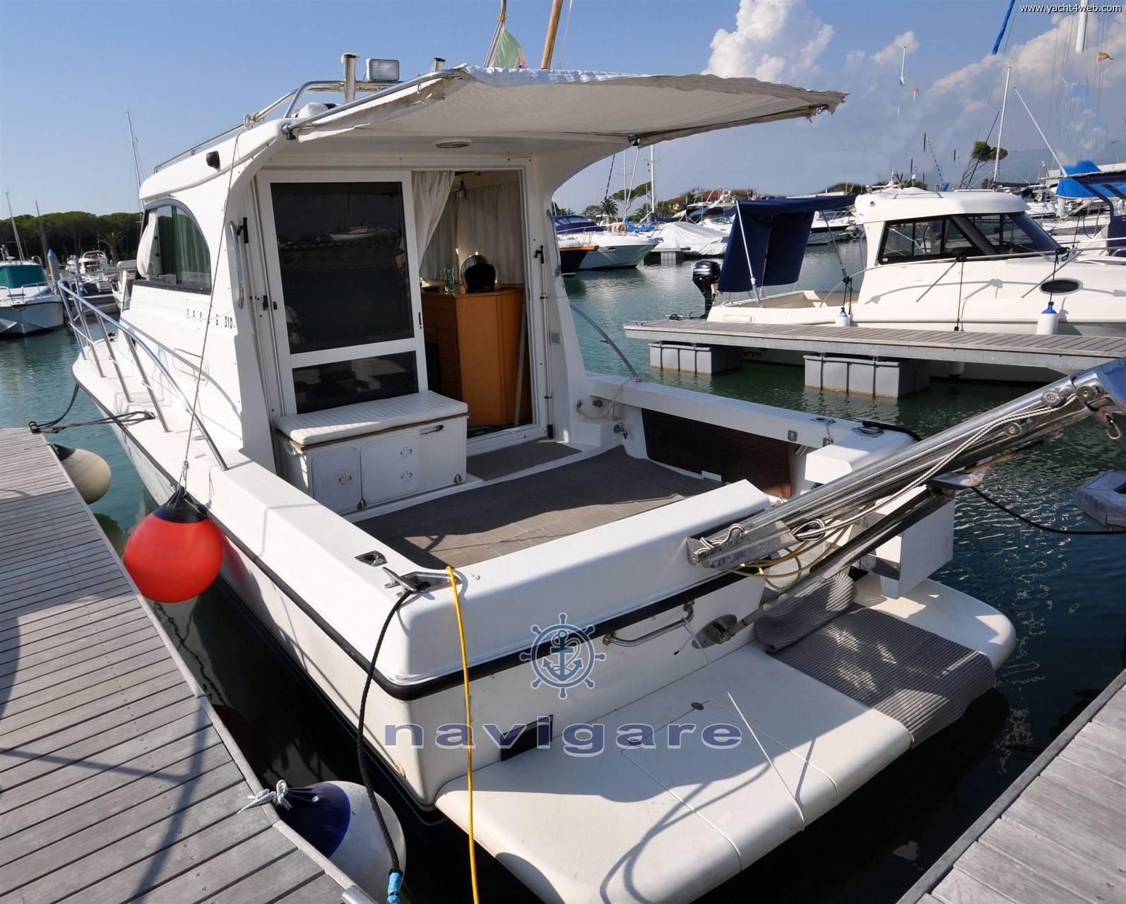 Plastik Space 310 cruiser Barca a motore usata in vendita