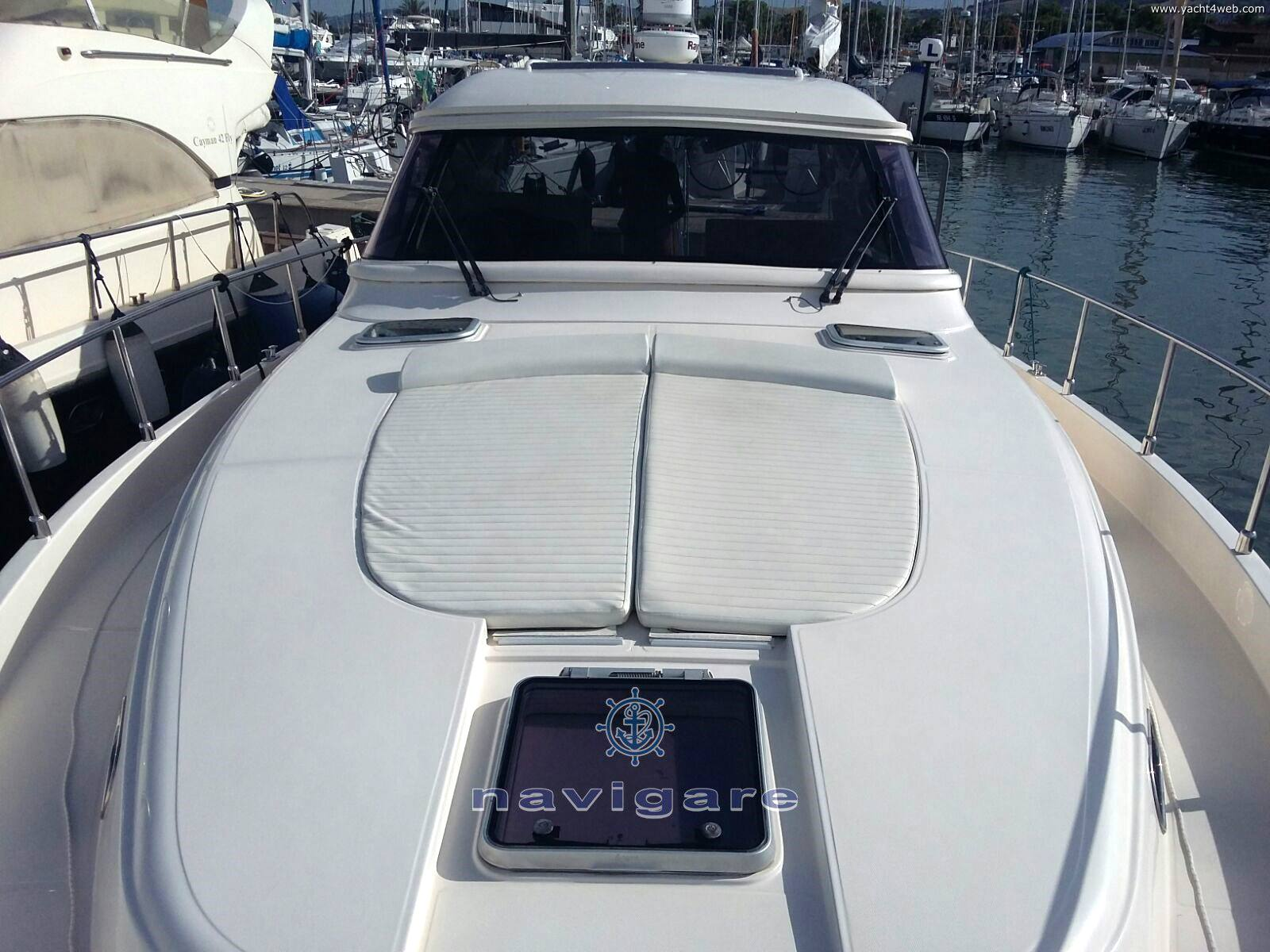 Cayman 43 w.a. Motor boat used for sale