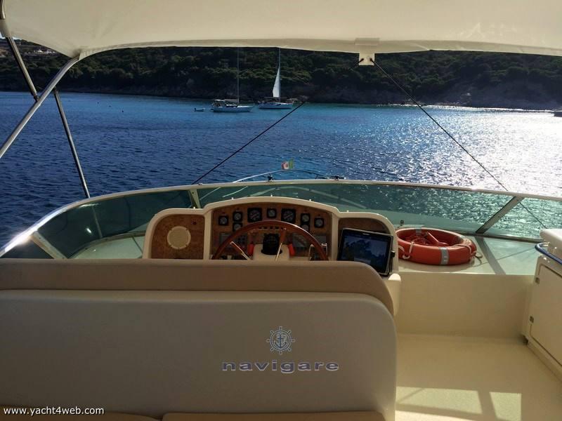 Astondoa A 72 glx Motor boat used for sale