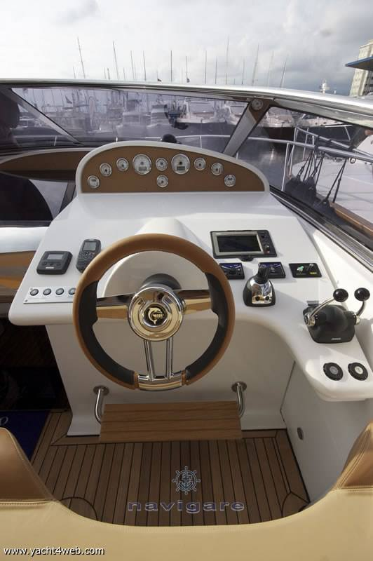 Marine International Exclusiv 39 Motor yacht
