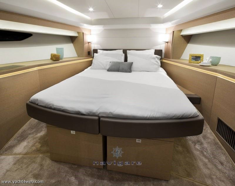 Prestige 560 fly Motor yacht new