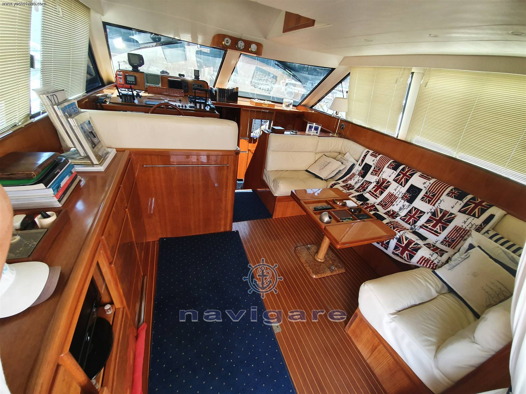 Uniesse Marine Uniesse 42 fly Motor boat used for sale