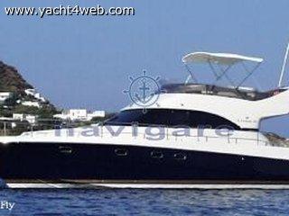 Cayman Yachts 40 fly