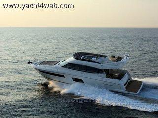 Prestige yachts 560 fly NUOVA