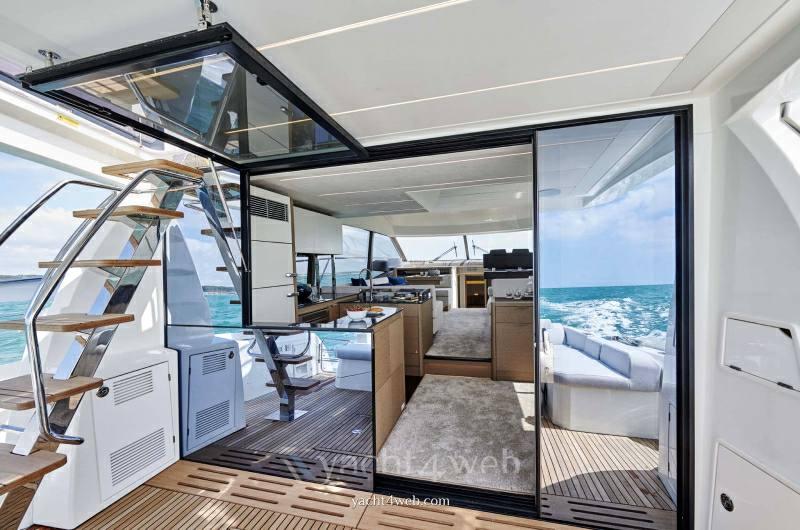 PRESTIGE 590 new Barca a motore nuova in vendita