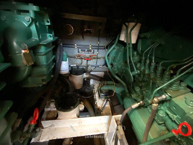 FAIRLINE 36 sedan fly Barca a motore usata in vendita