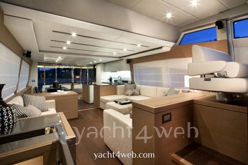 Prestige 750 Barca a motore nuova in vendita