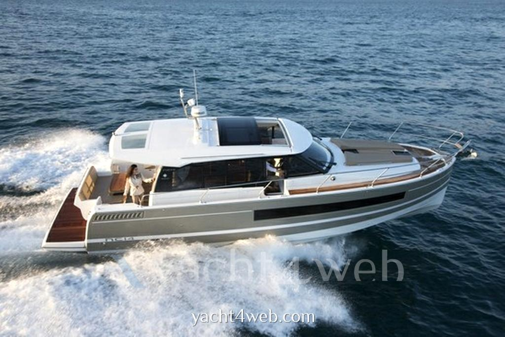 Jeanneau new Nc 14 Motor boat new for sale
