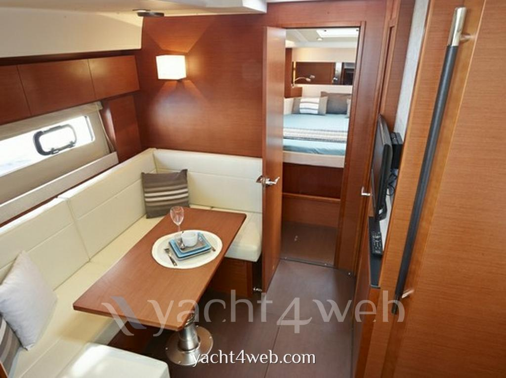Jeanneau Leader 40 new Express cruiser