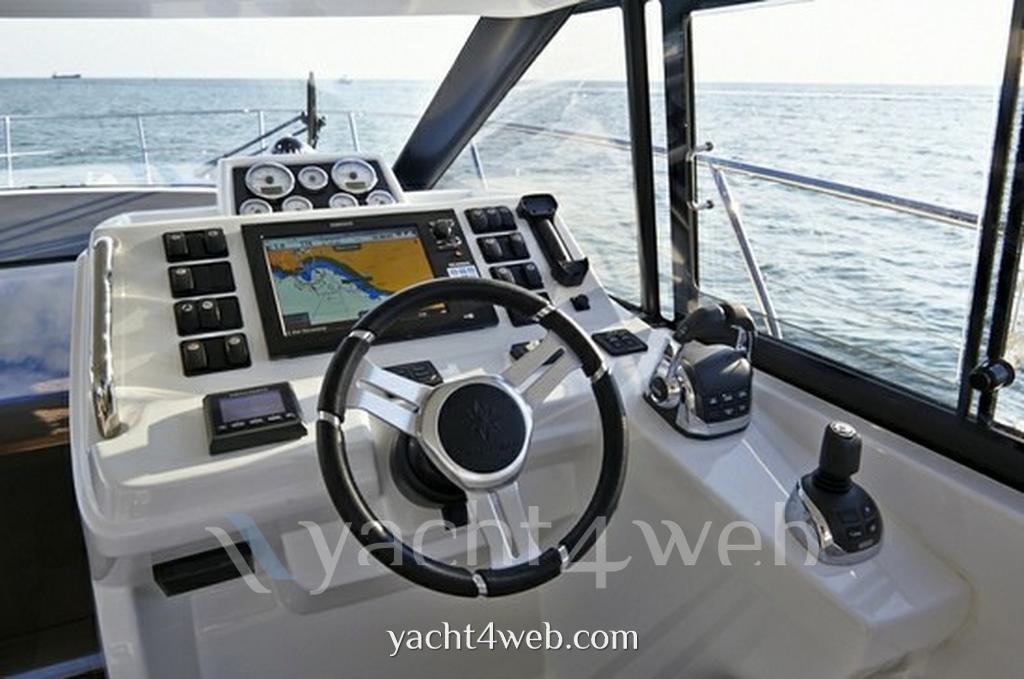 Jeanneau Leader 40 new motor boat