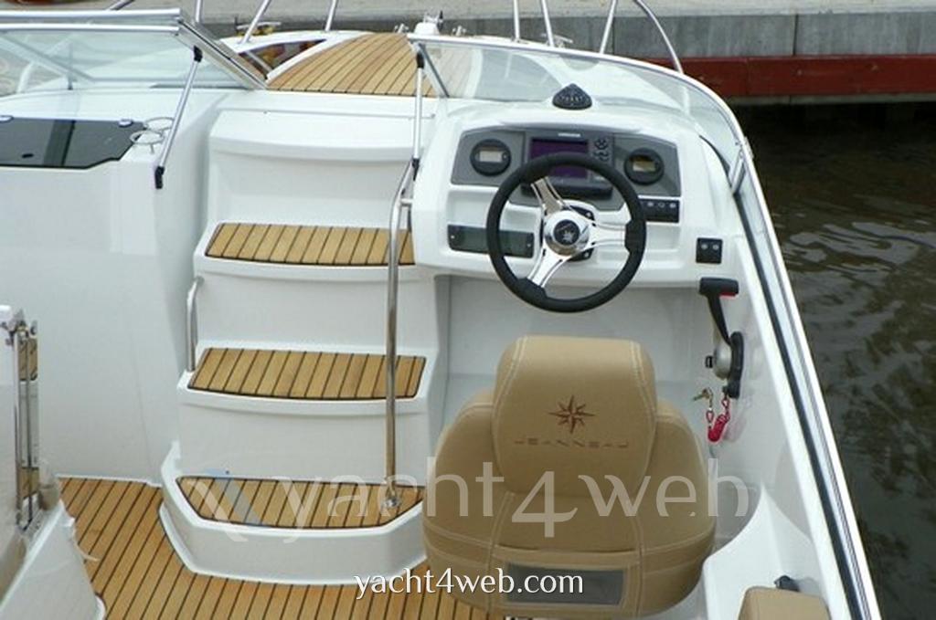 Jeanneau Cap camarat 6.5 dc serie 2 Express cruiser new