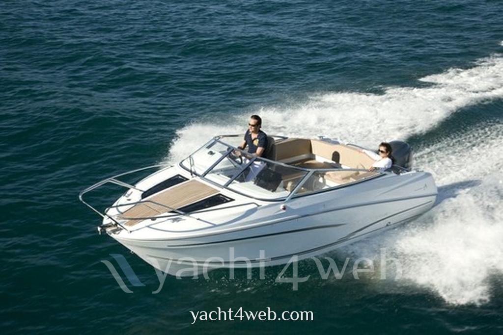 Jeanneau Cap camarat 6.5 dc serie 2 Motor boat new for sale