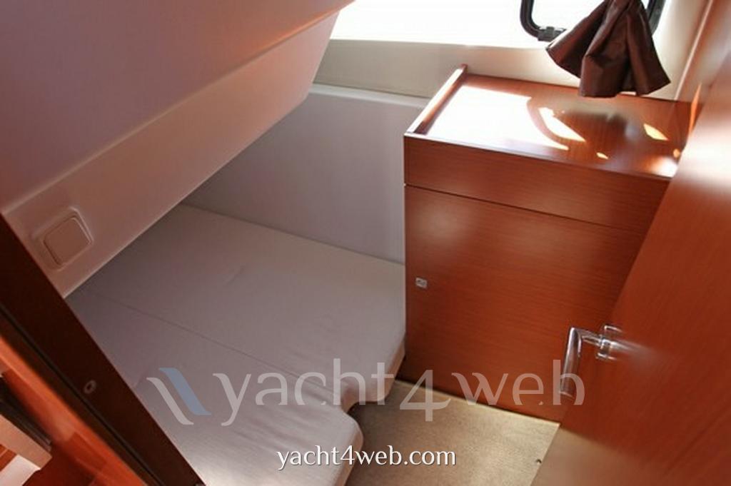 Jeanneau Nc 9 Express Cruiser