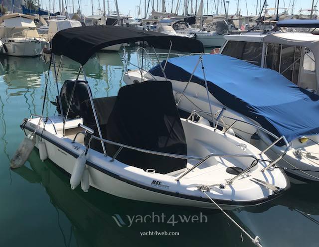 BOSTON WHALER 180 dauntless Motor boat used for sale