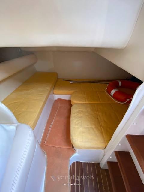 AIRON MARINE Airon 325 Express cruiser