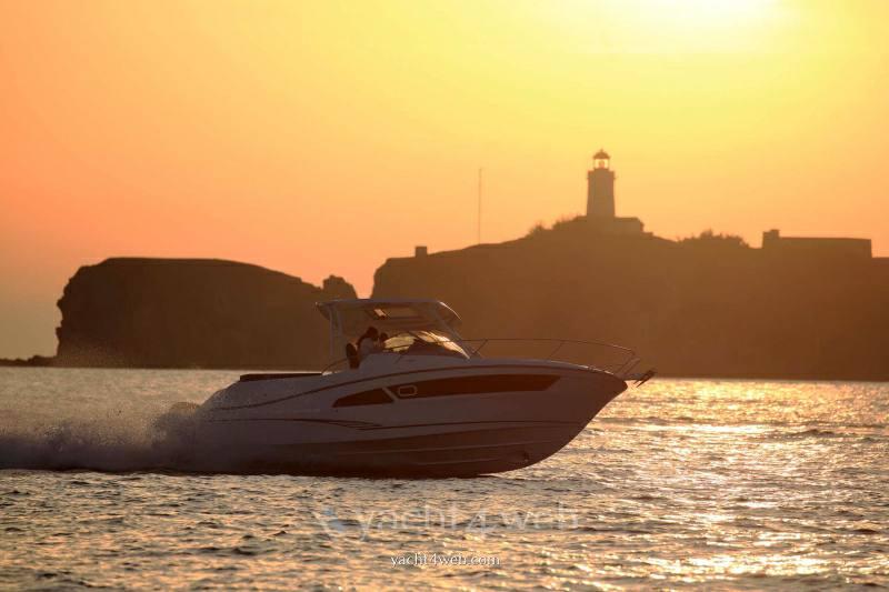 JEANNEAU Cap camarat 9.0 wa new Express cruiser
