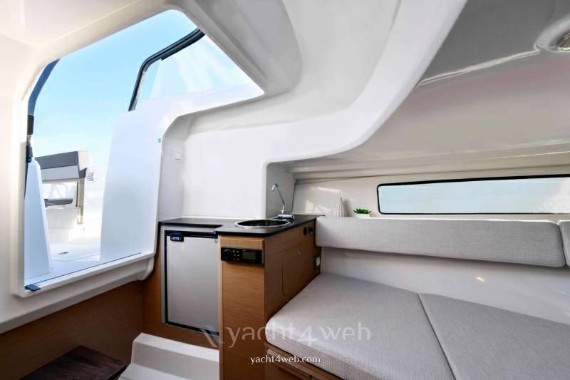 JEANNEAU Cap camarat 7.5 wa serie 3 barca a motore