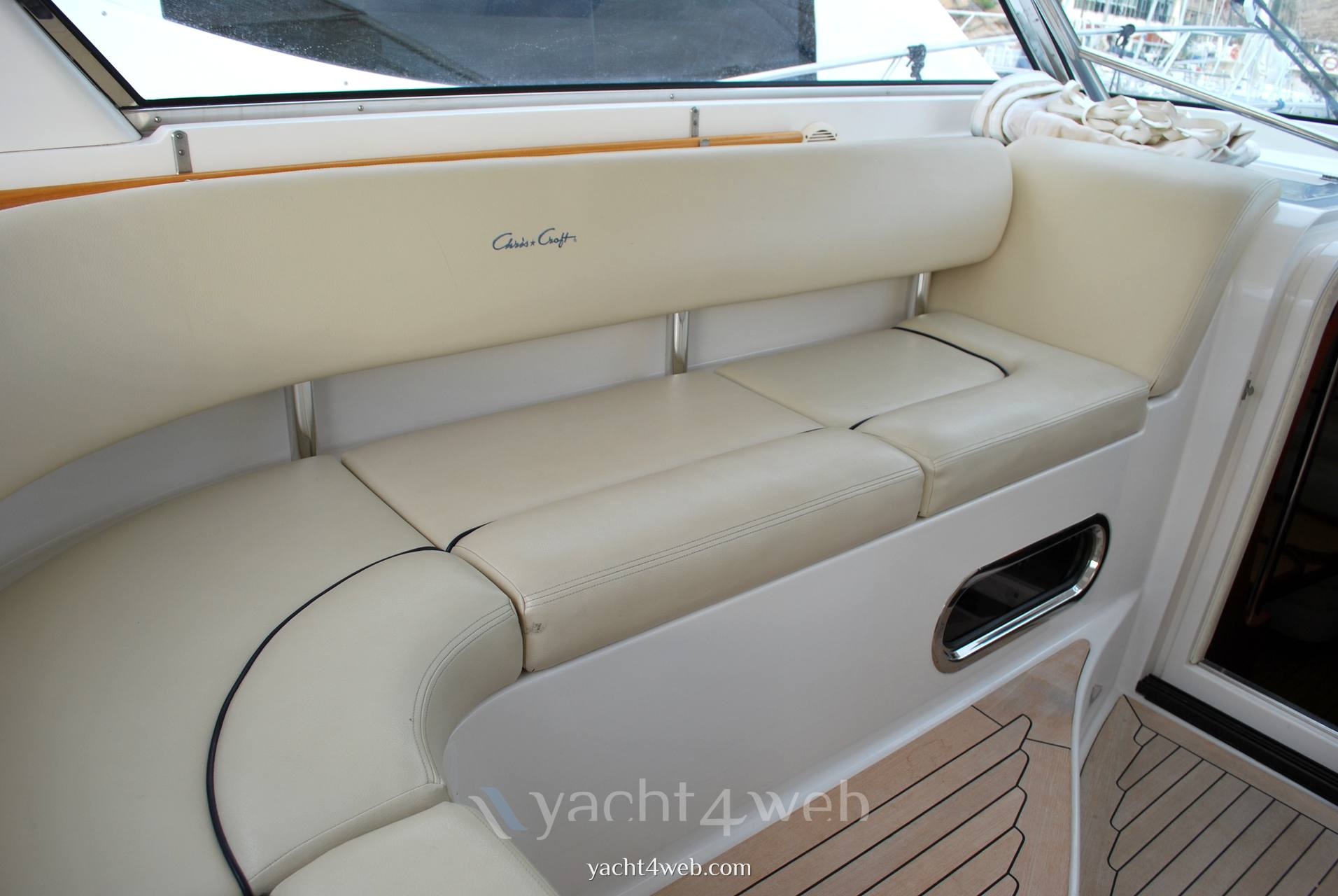 CHRIS CRAFT Roamer 40 Express cruiser used