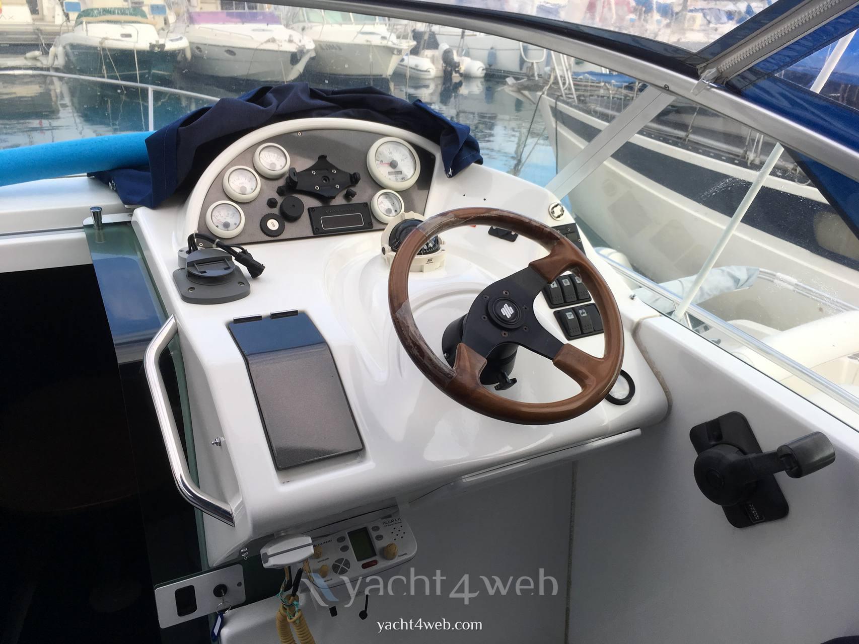 BENETEAU Flyer 701 Motor boat used for sale