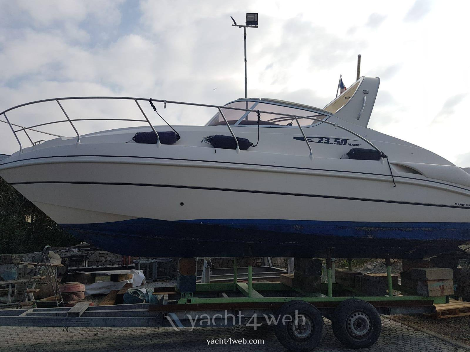 Mano' Marine Mano' 23.50 cabin Express cruiser