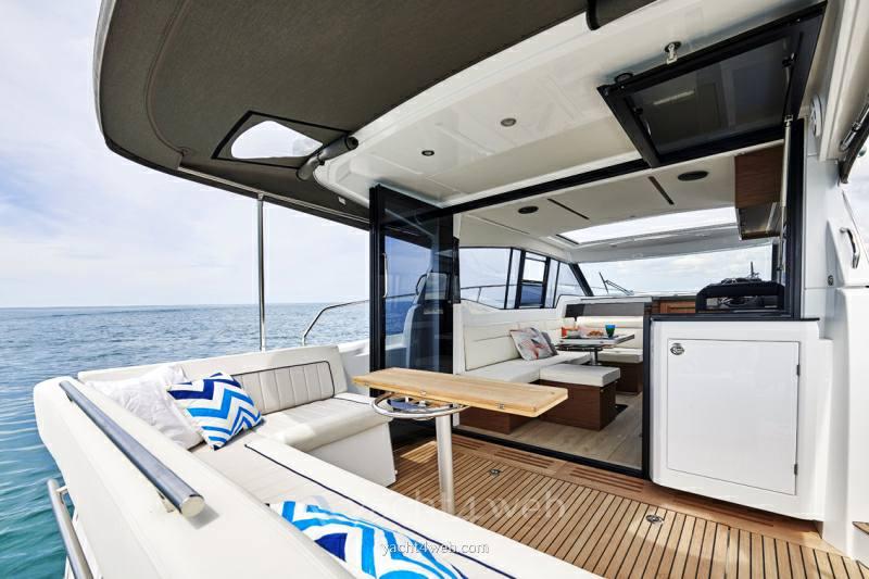 JEANNEAU Nc 37 Express Cruiser