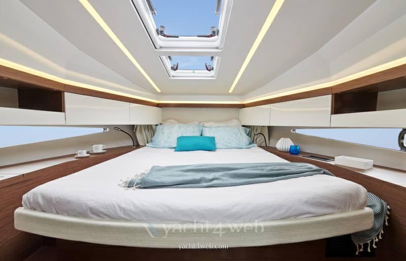 JEANNEAU Nc 37 barco de motor