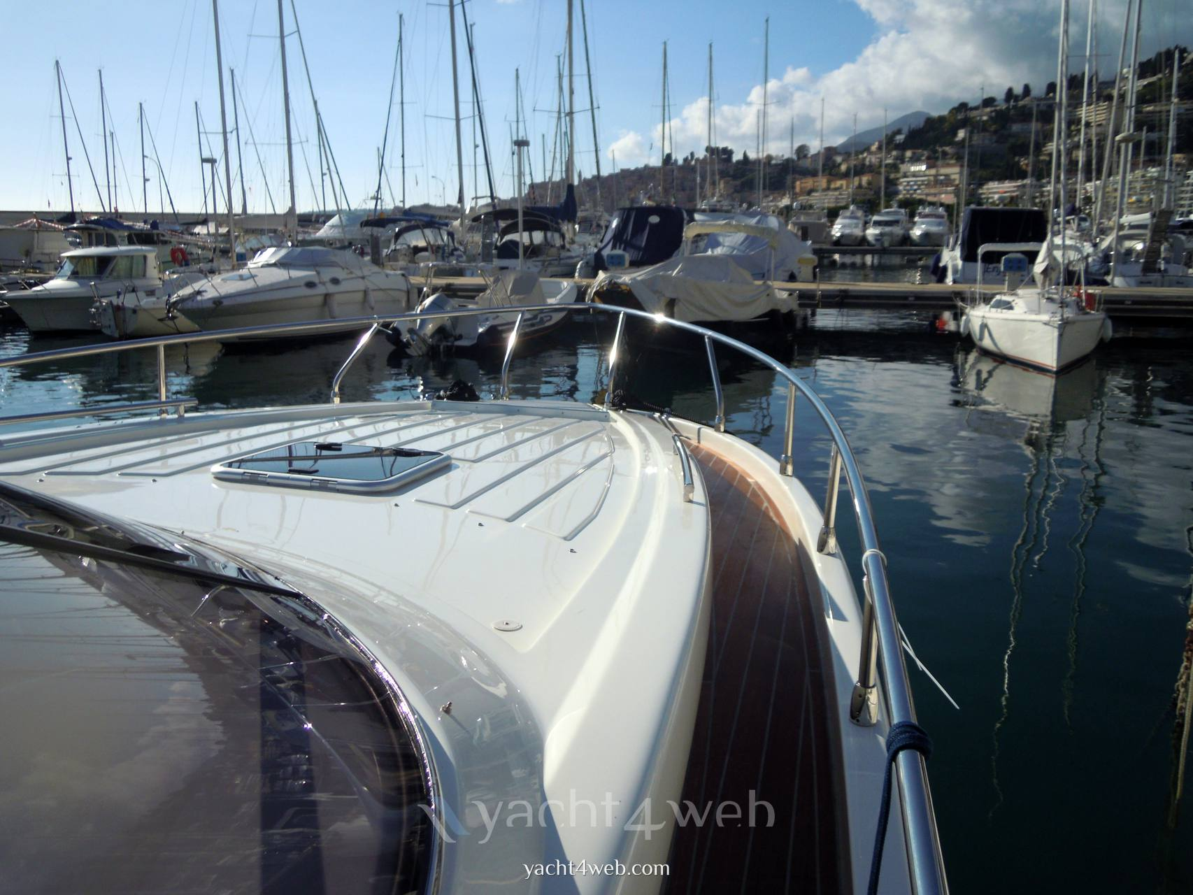 NEED YACHT 33 cabin used