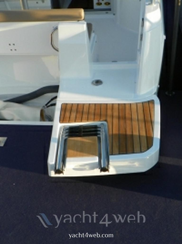 Jeanneau Merry fisher 695 nuovo