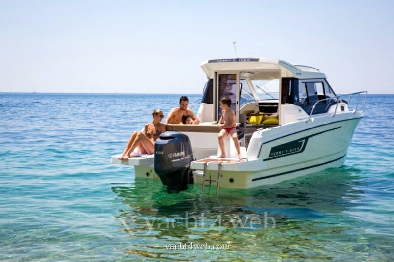 Jeanneau Merry fisher 795 barca a motore