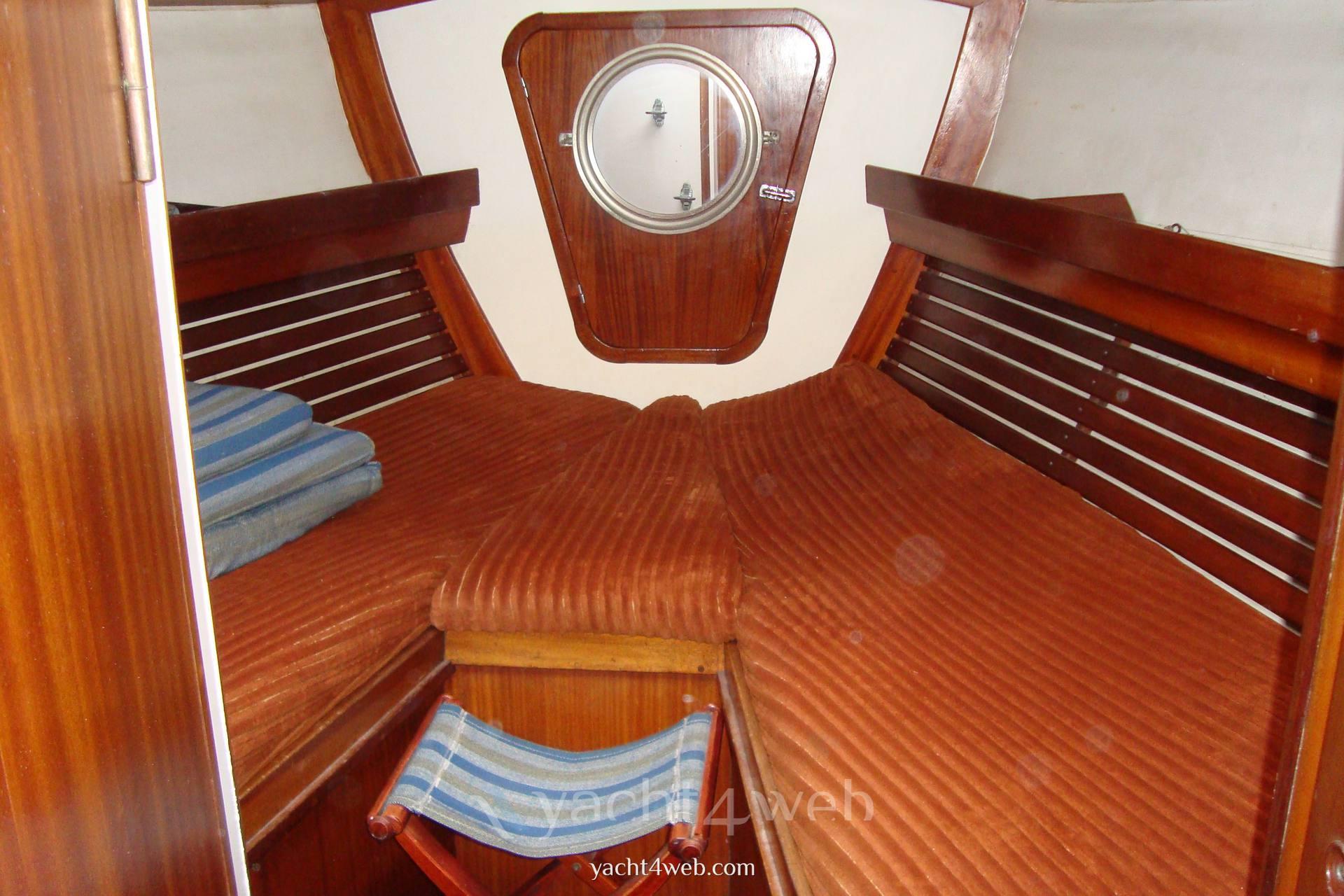 Olympic-yachts Carter 39 flush deck Vela