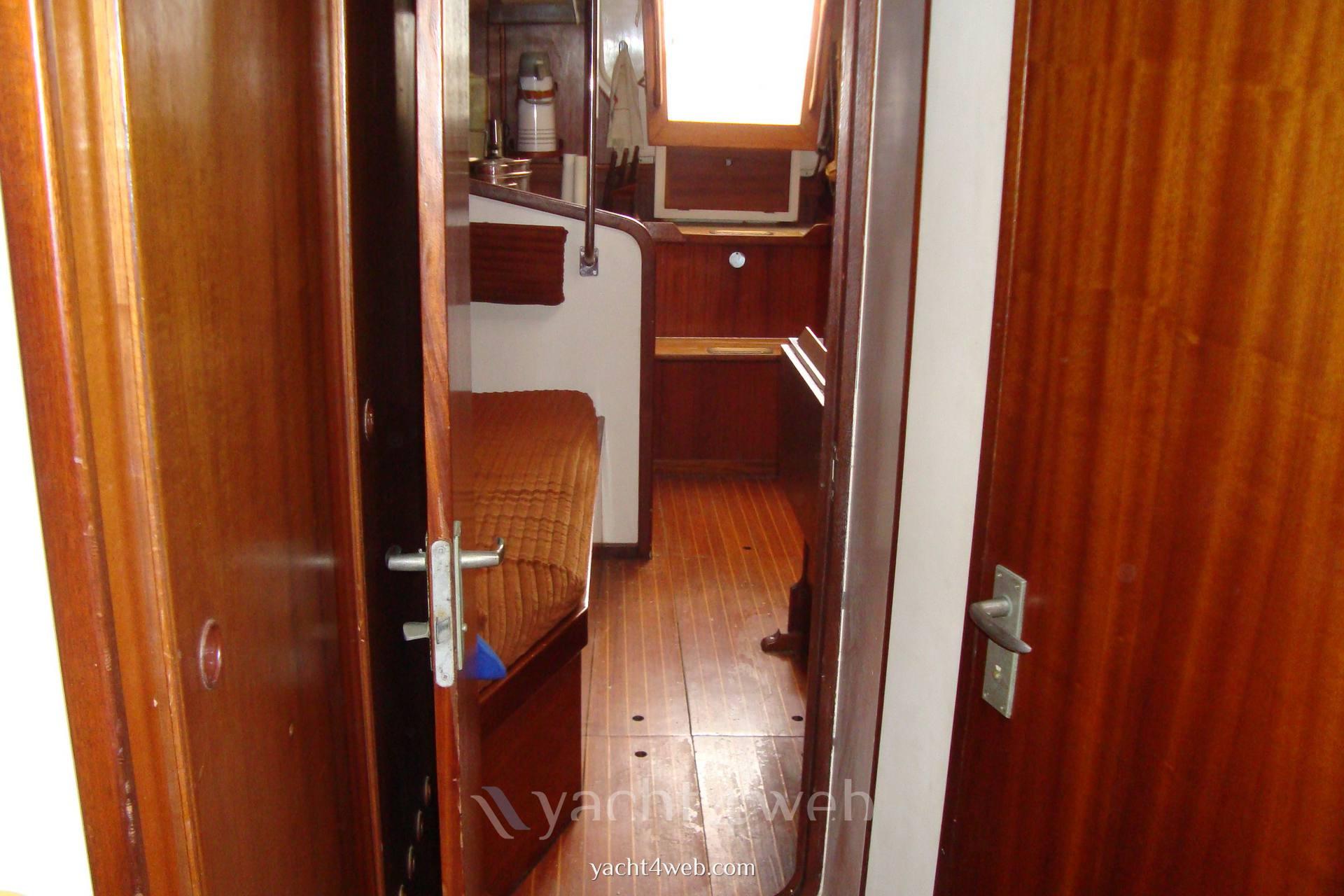 Olympic-yachts Carter 39 flush deck usato