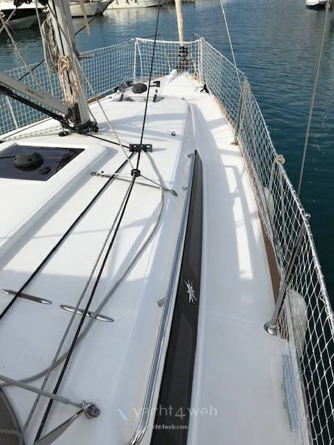 Jeanneau Sun odyssey 349 sailing boat