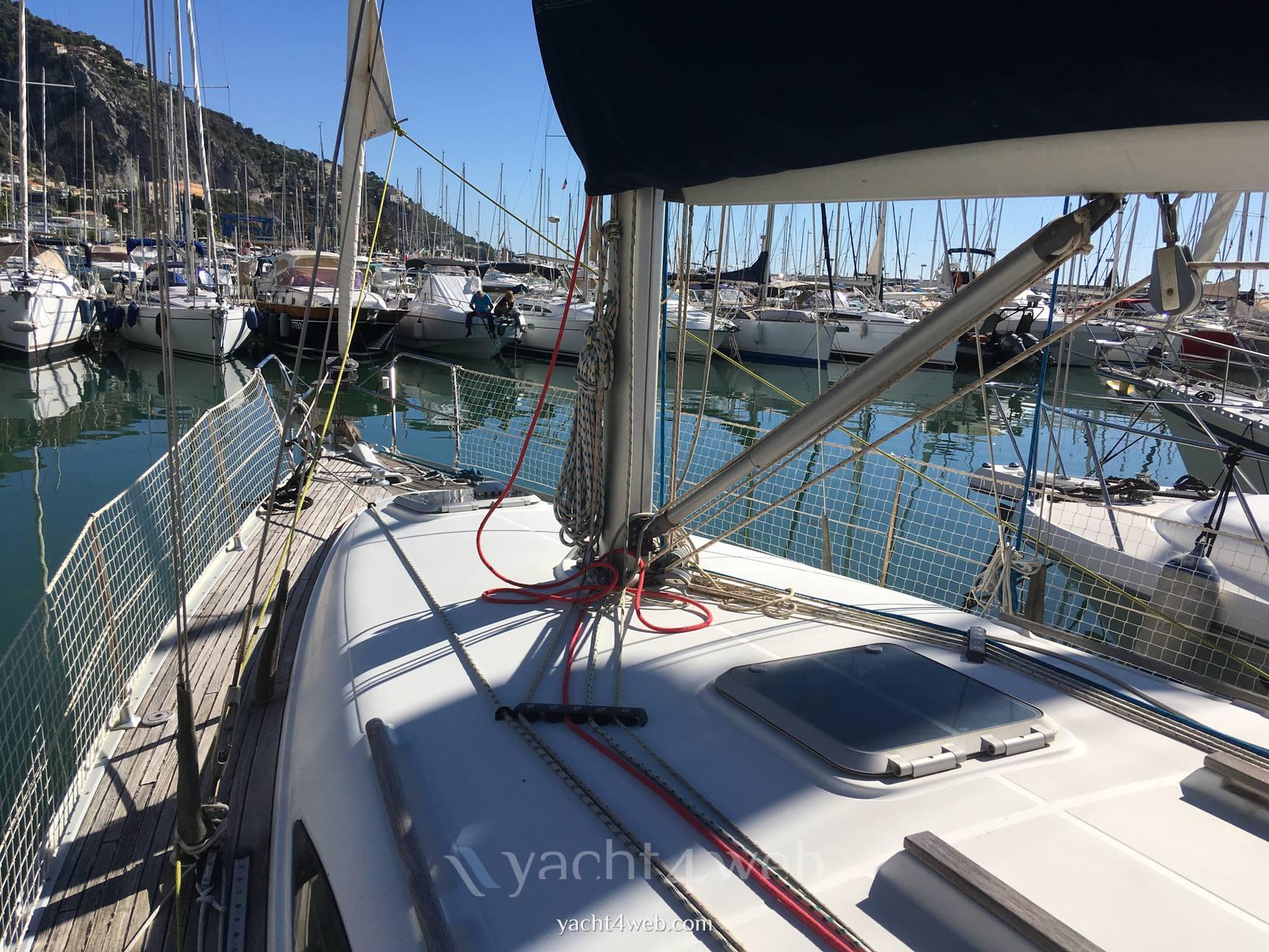 Jeanneau Sun odyssey 40 barco de vela