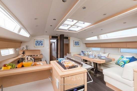 Jeanneau yacht 64 Photo