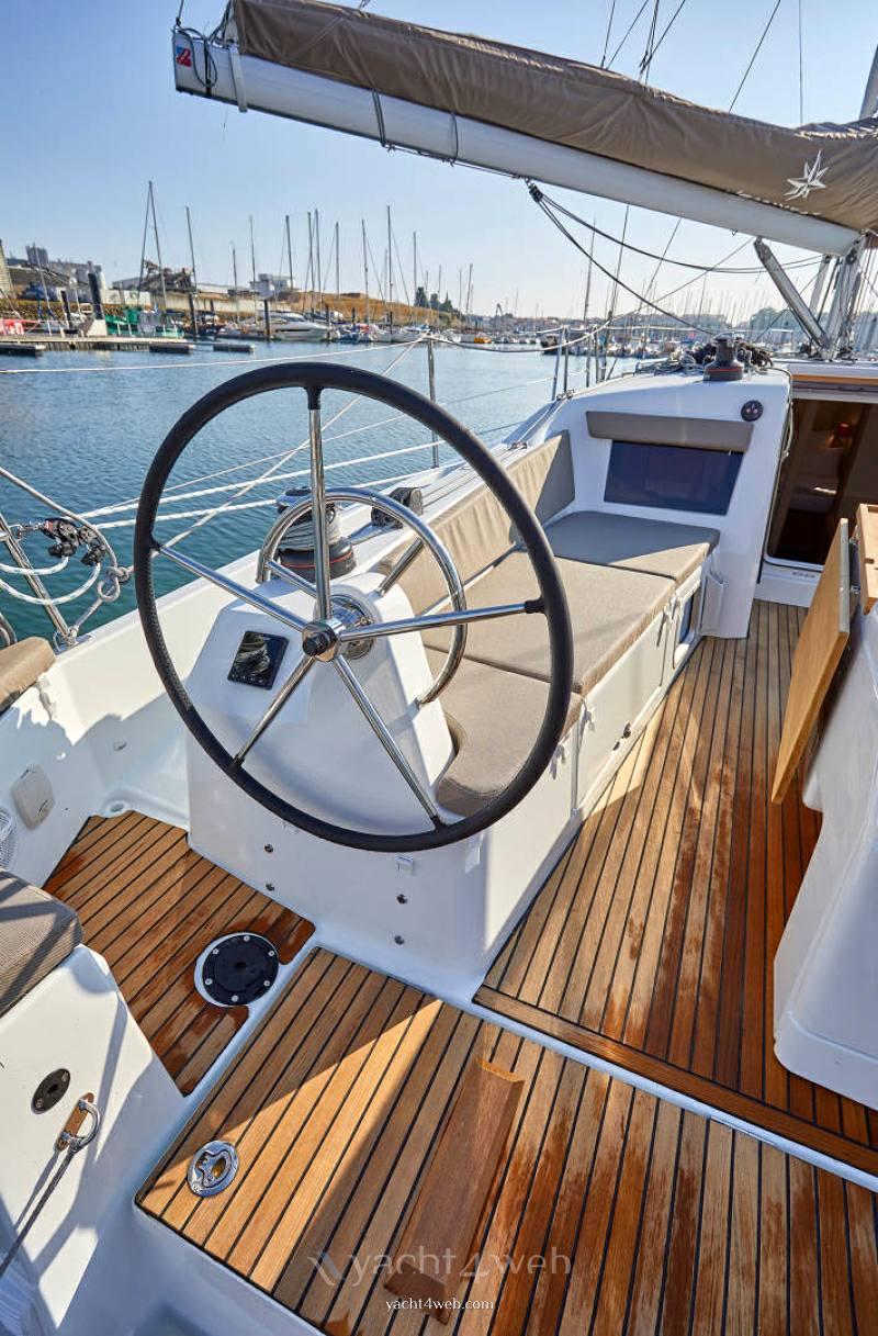 JEANNEAU Sun odyssey 410 new Парус cruiser Новые функции