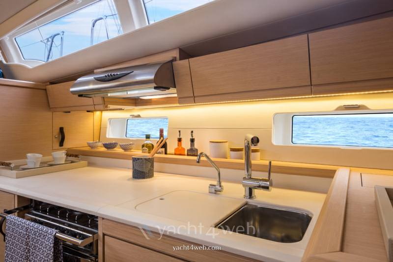 Jeanneau yacht 54 new Sail cruiser new