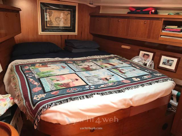 Jeanneau Sun odyssey 49 ds sailing boat