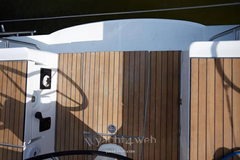 JEANNEAU Sun odyssey 319 new Croiseur de voile