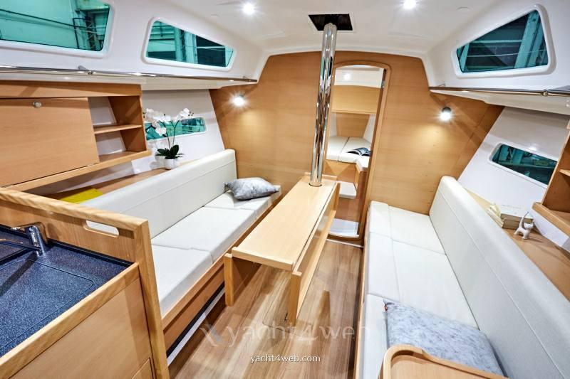 JEANNEAU Sun odyssey 319 new bateau à voile