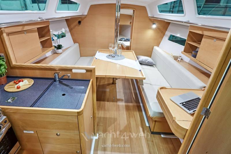 JEANNEAU Sun odyssey 319 new Croiseur de voile Nouveau