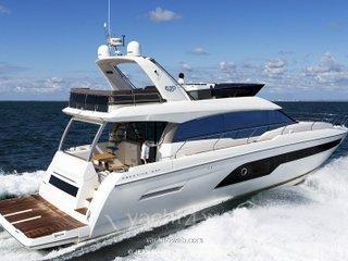 Prestige yachts 630 fly