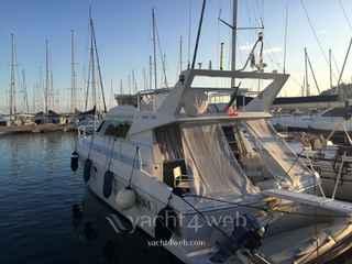 Ferretti Yachts Altura 40