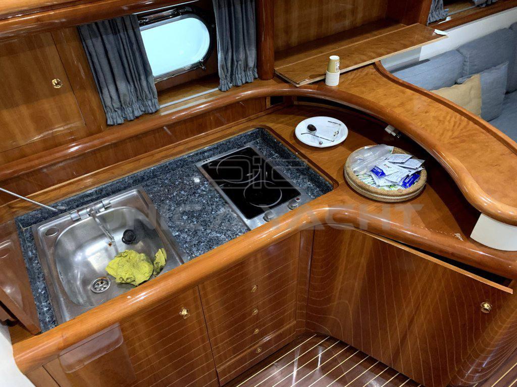 ALFAMARINE 47 Motor boat used for sale
