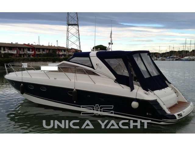 Princess yacht Princess v42